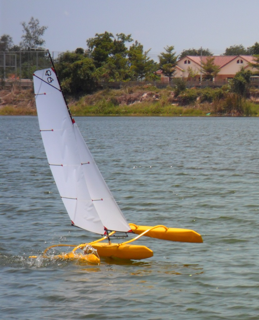 Water Resist WRTM40 R2 - Mini40 Trimaran