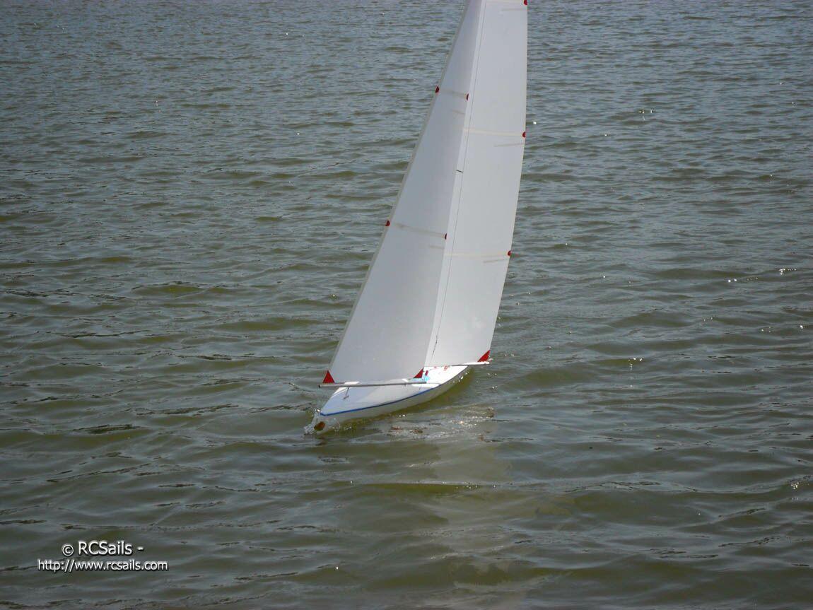 RCSails - IOM Class Yachts